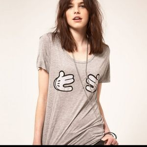 ZOE KARSSEN Mickey Mouse hands short sleeve tee